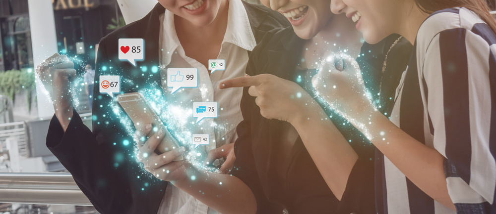 How online influencers are shaping future sales practices-8576b775