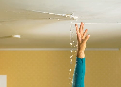 how to stop roof leaks