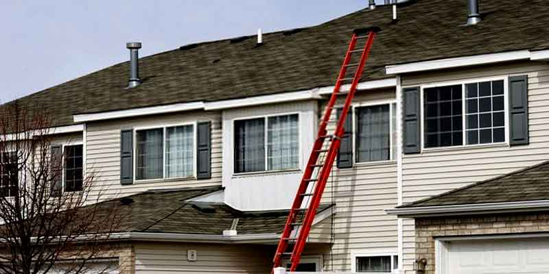 Red Double-Story Gutter Cleaning Ladder